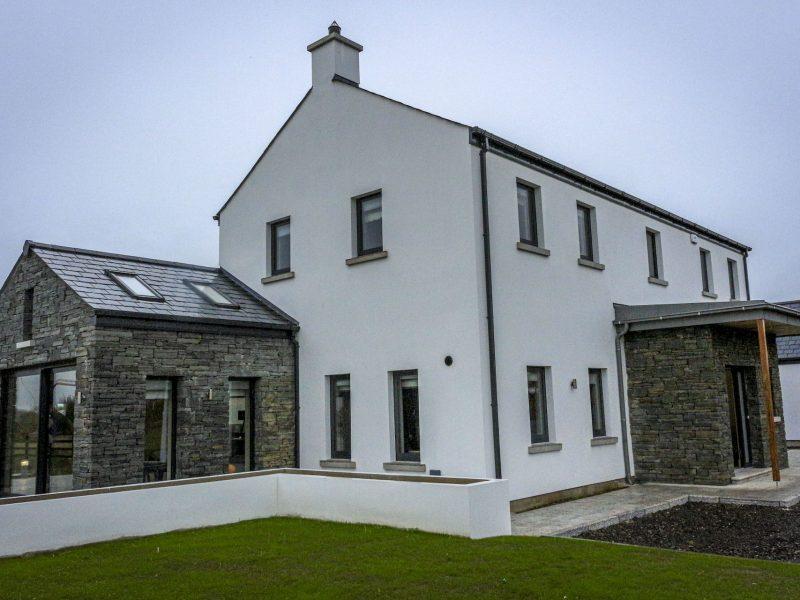 House diagonal view